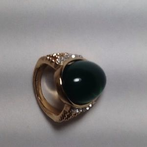 Jewelry - Gold  Green Ring Size:7